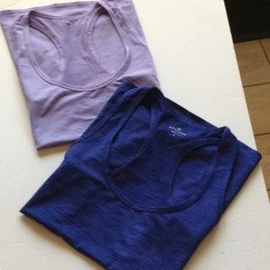 Athleta tank top bundle Large